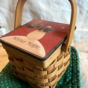 2Christmas Votive Ceramic Candle Holders in Basket